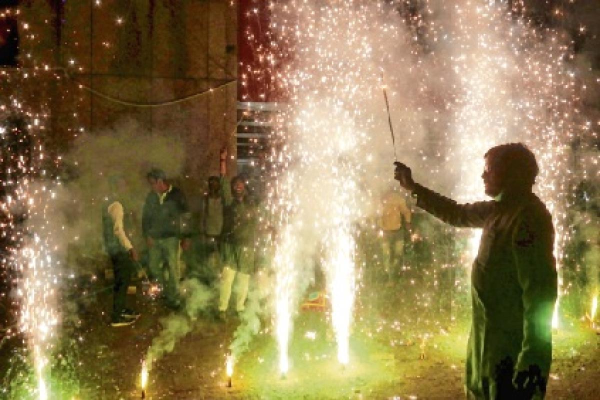 Bypolls: Early Diwali for BJP