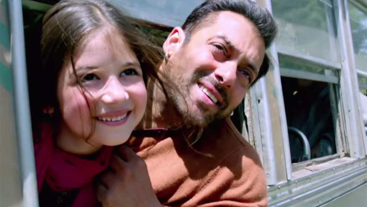 Salman Khan-starrer 'Bajrangi Bhaijaan' fame Harshaali Malhotra's Diwali pics go viral, netizens say 'Munni is all grown up'