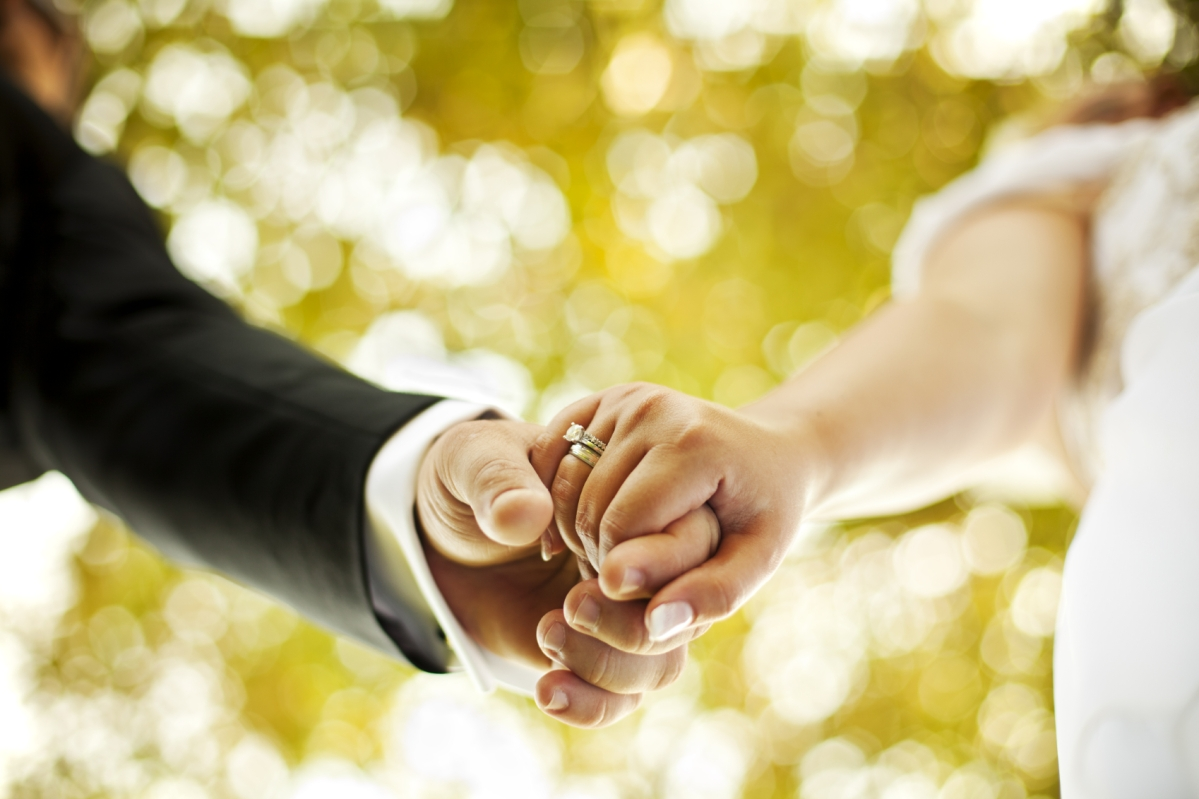 Mere breach of promise to marry doesn't show intent to cheat: Bombay High Court