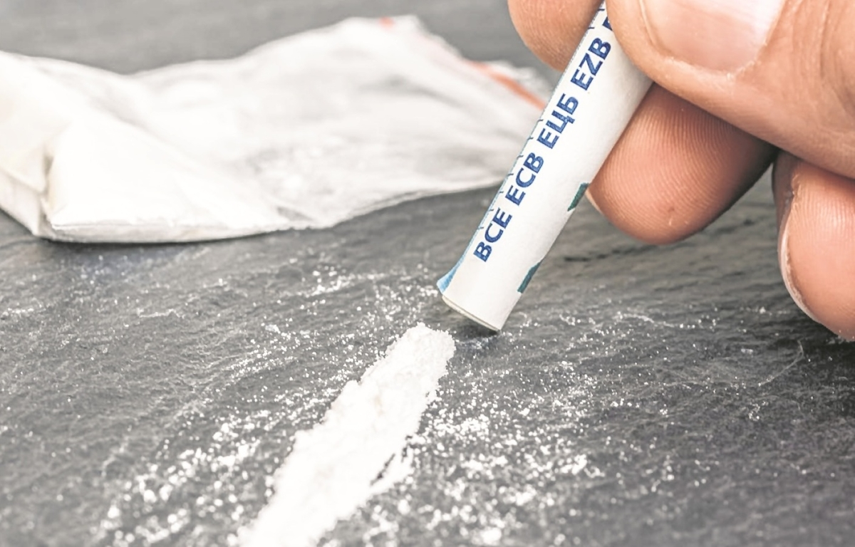Foreign national caught smuggling Cocaine worth Rs 6 crore