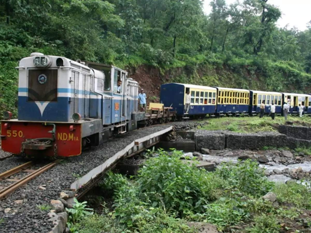 Matheran toy train to have four extra runs on weekends