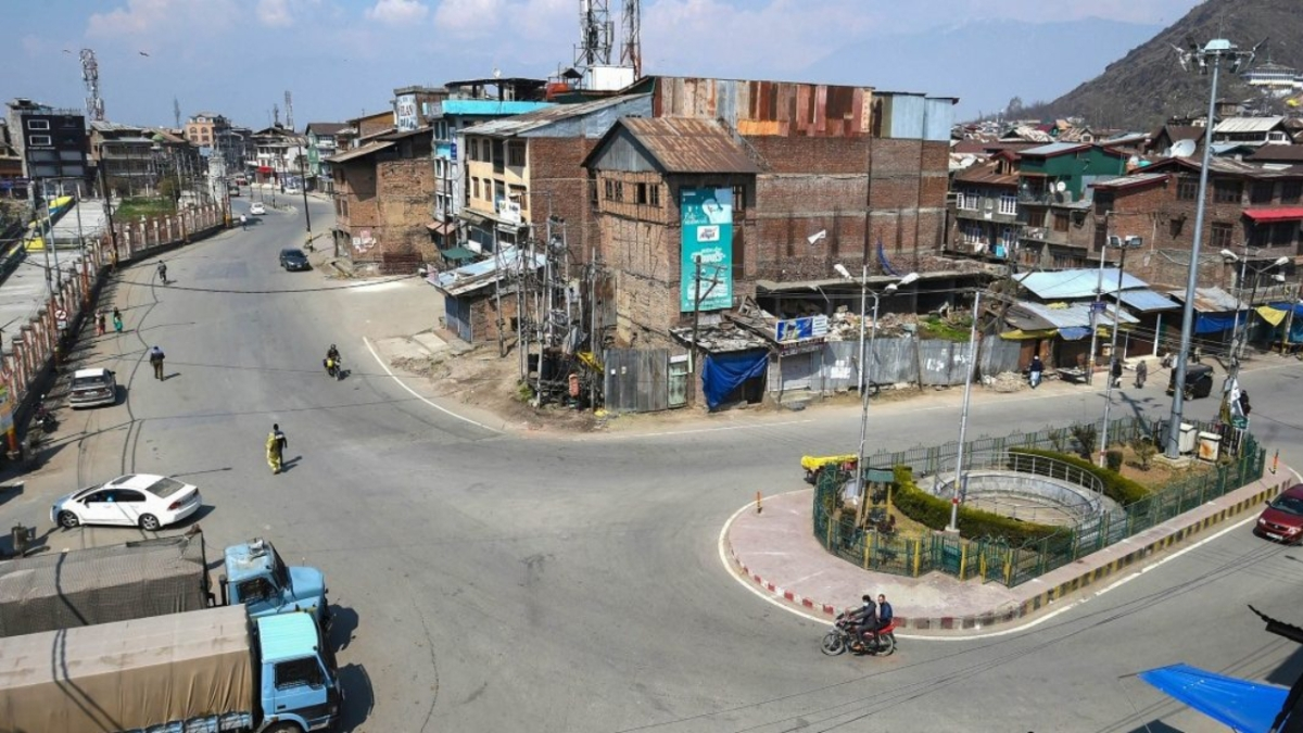 J&K: Eight-phase election to 20 district development councils to begin on November 8