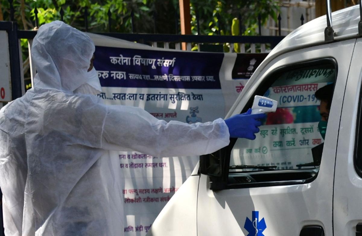 Mumbai reports 841 new corona positive cases