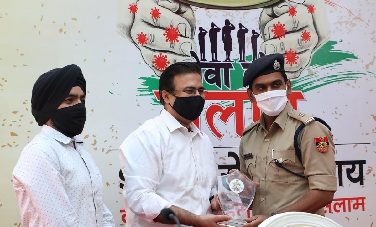 Dabur Chyawanprash 'Seva Ko Salaam' initiative honours Delhi Police bravehearts