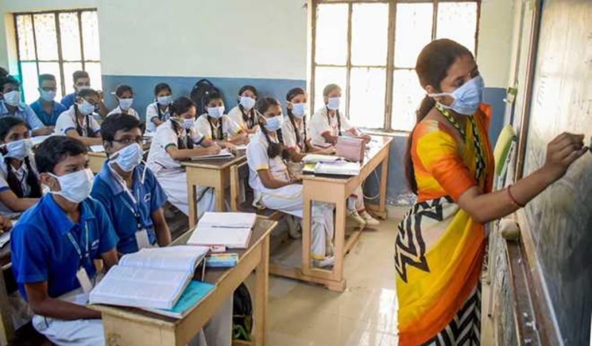 Good News for students, teachers! Maharashtra govt extends Diwali holidays for schools