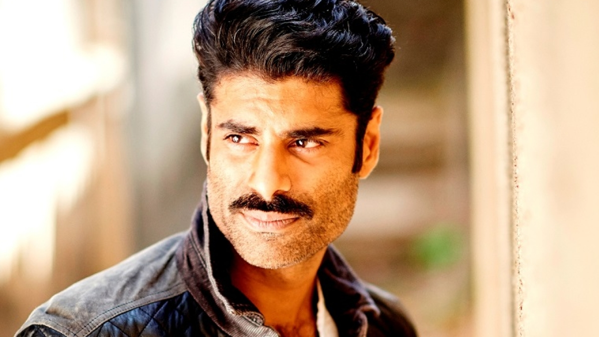 Sikander Kher gets into gangster mode for 'Mum Bhai'
