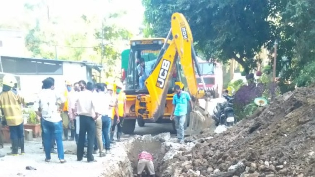 Thane: Drainage cleaning damages gas pipeline in Kolshet area