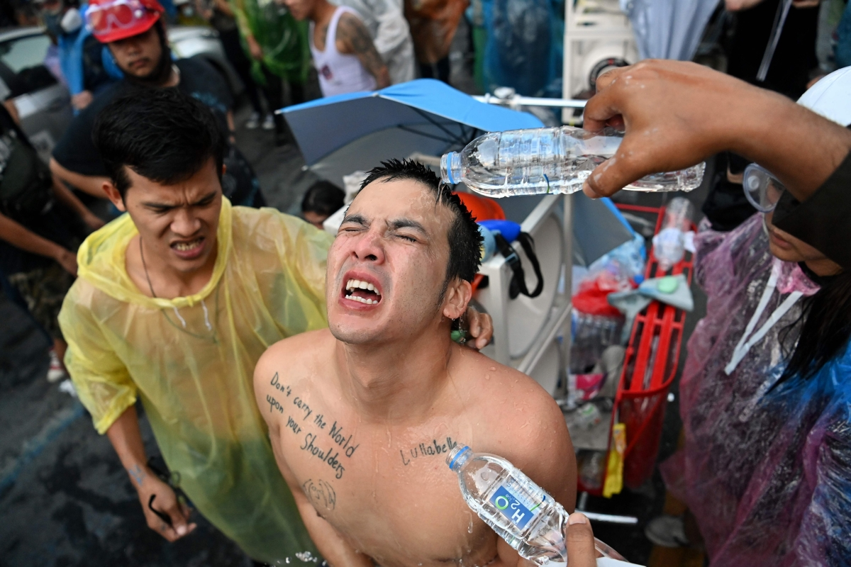 Once again, violence hits Thai streets