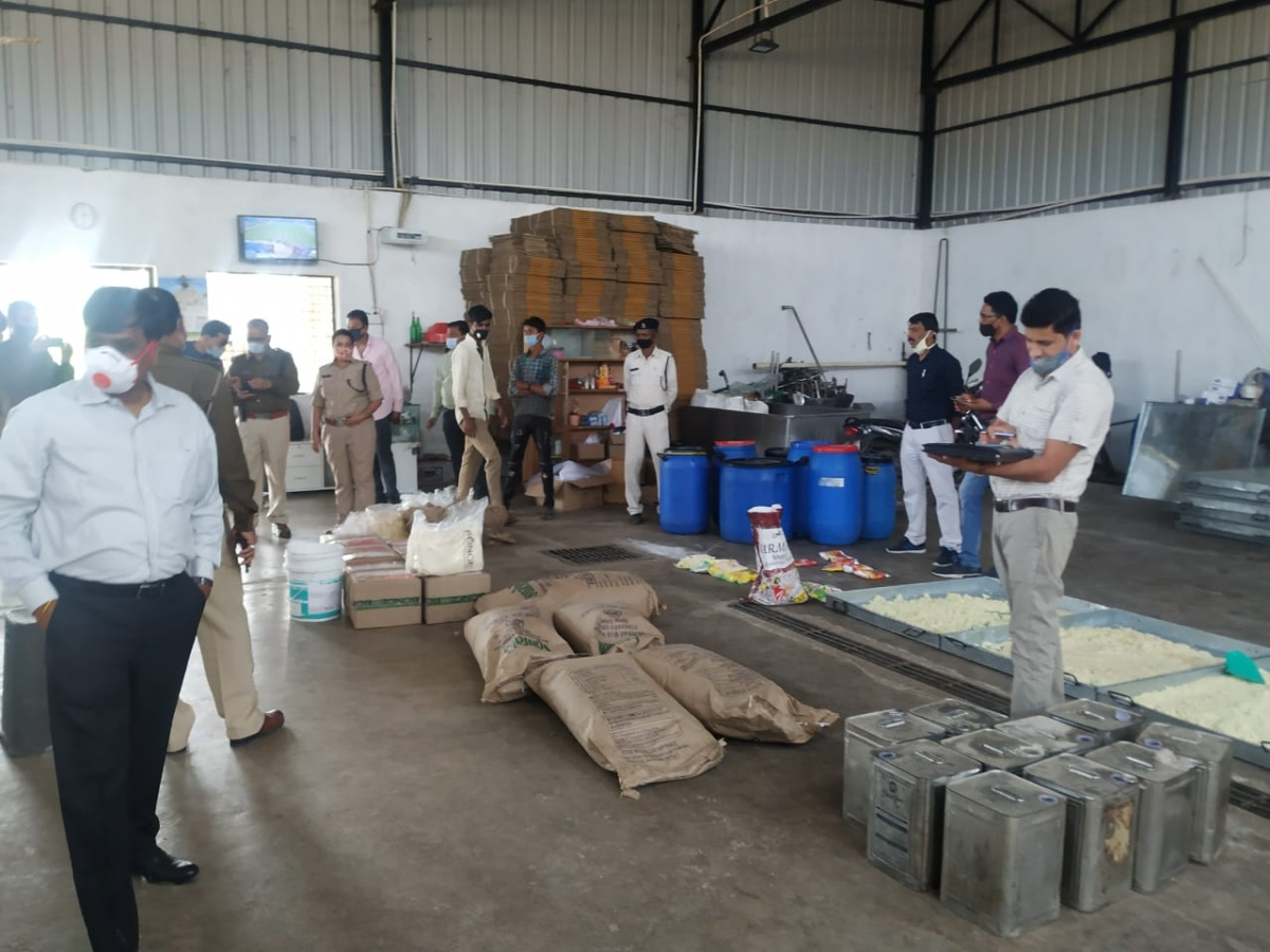 Ujjain: Items used for adulteration, fake milk products worth Rs 3.86L seized