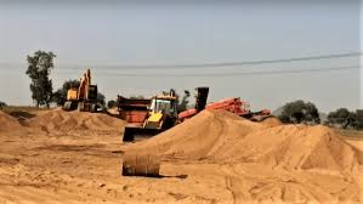 Madhya Pradesh: Constitute committee and submit report in six weeks on illegal sand mining on banks of Narmada river in Sehore and Raisen districts: NGT
