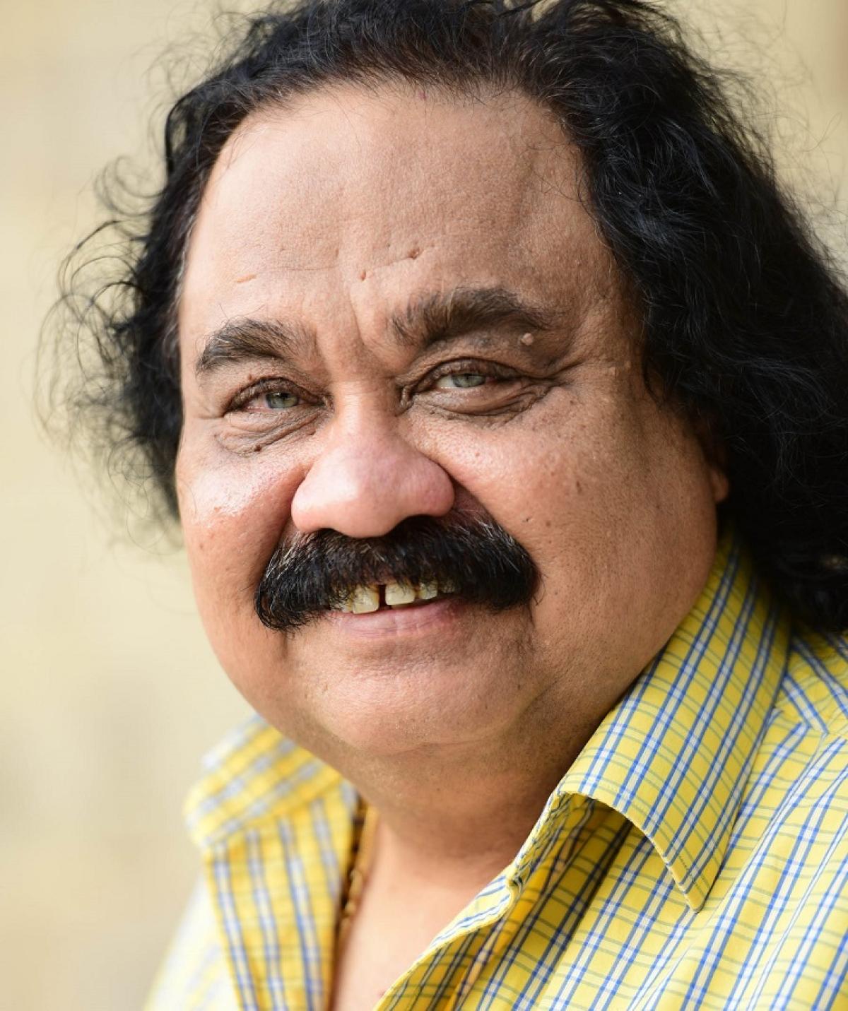 Dr Sandeep Goyal