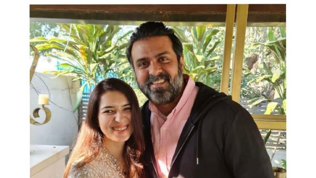 Harman Baweja gets engaged to health coach Sasha Ramchandani; check out  roka ceremony pic