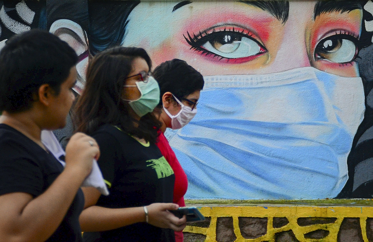 Thane Municipal Corporation fines 2,500 sans masks,  adds Rs 12.50 lakh to its kitty
