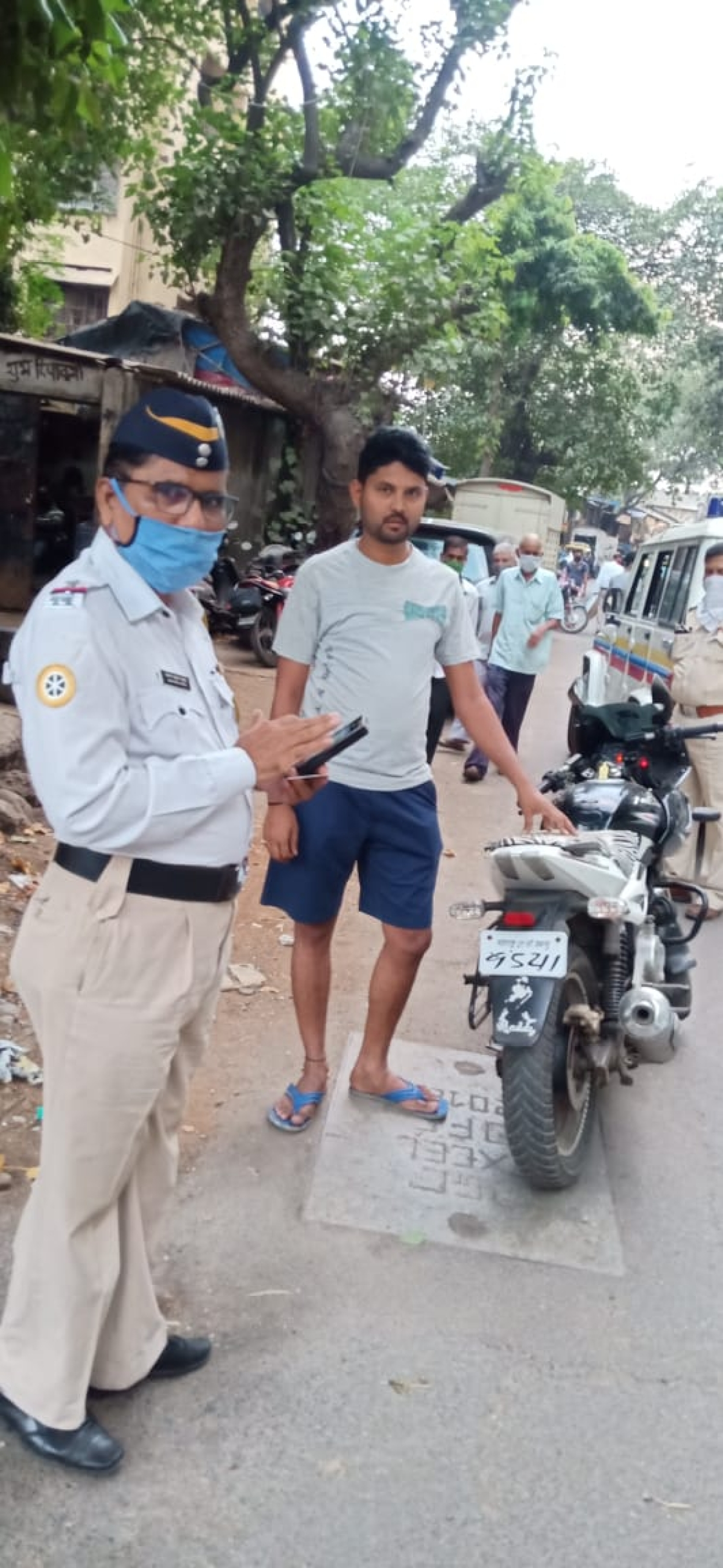 Photos: From fonts to surname, avoid these mistakes to escape Mumbai cops' crackdown on 'fancy' number plates