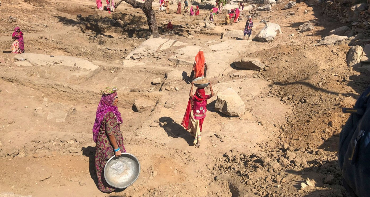 Madhya Pradesh: Sardarpur janpad panchayat CEO recommends to suspend, terminate services of government personnel, sarpanchs for financial irregularities under MGNREGA