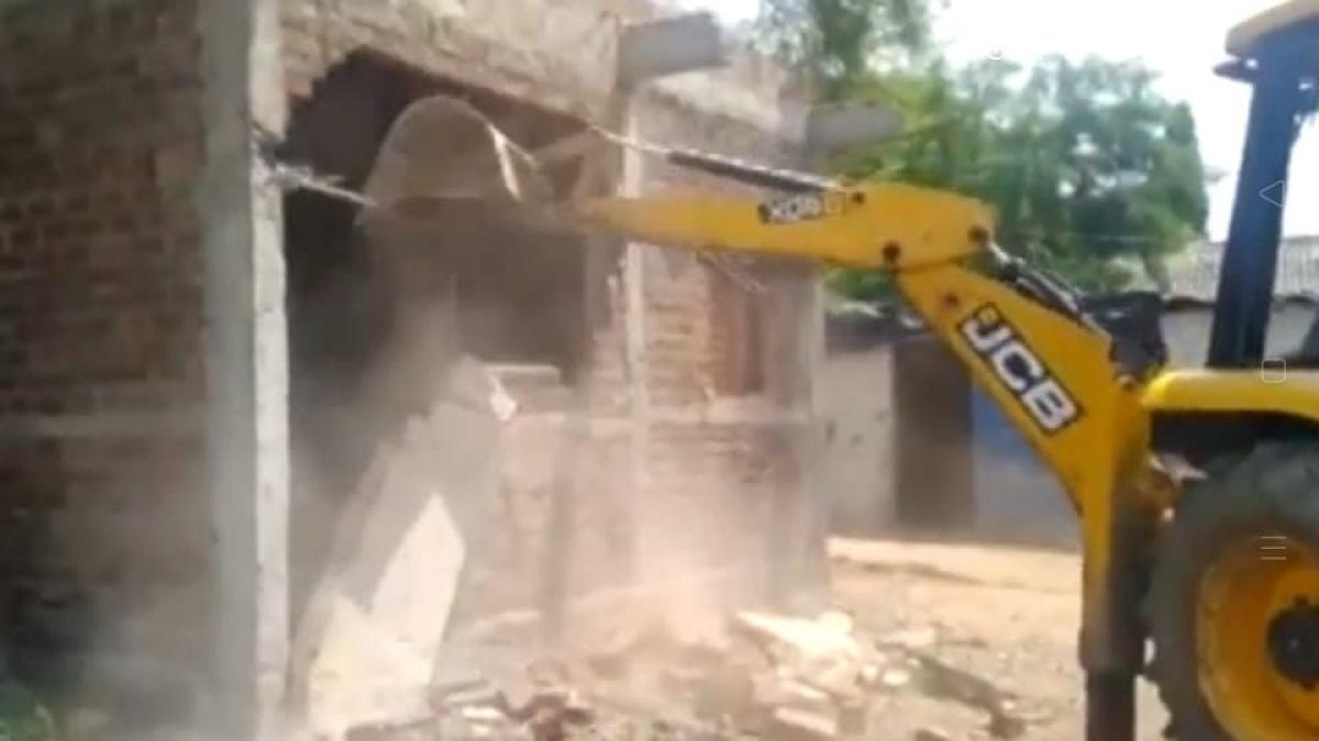 BMC razes encroachments by mafia in Ashoka Garden areas in Bhopal