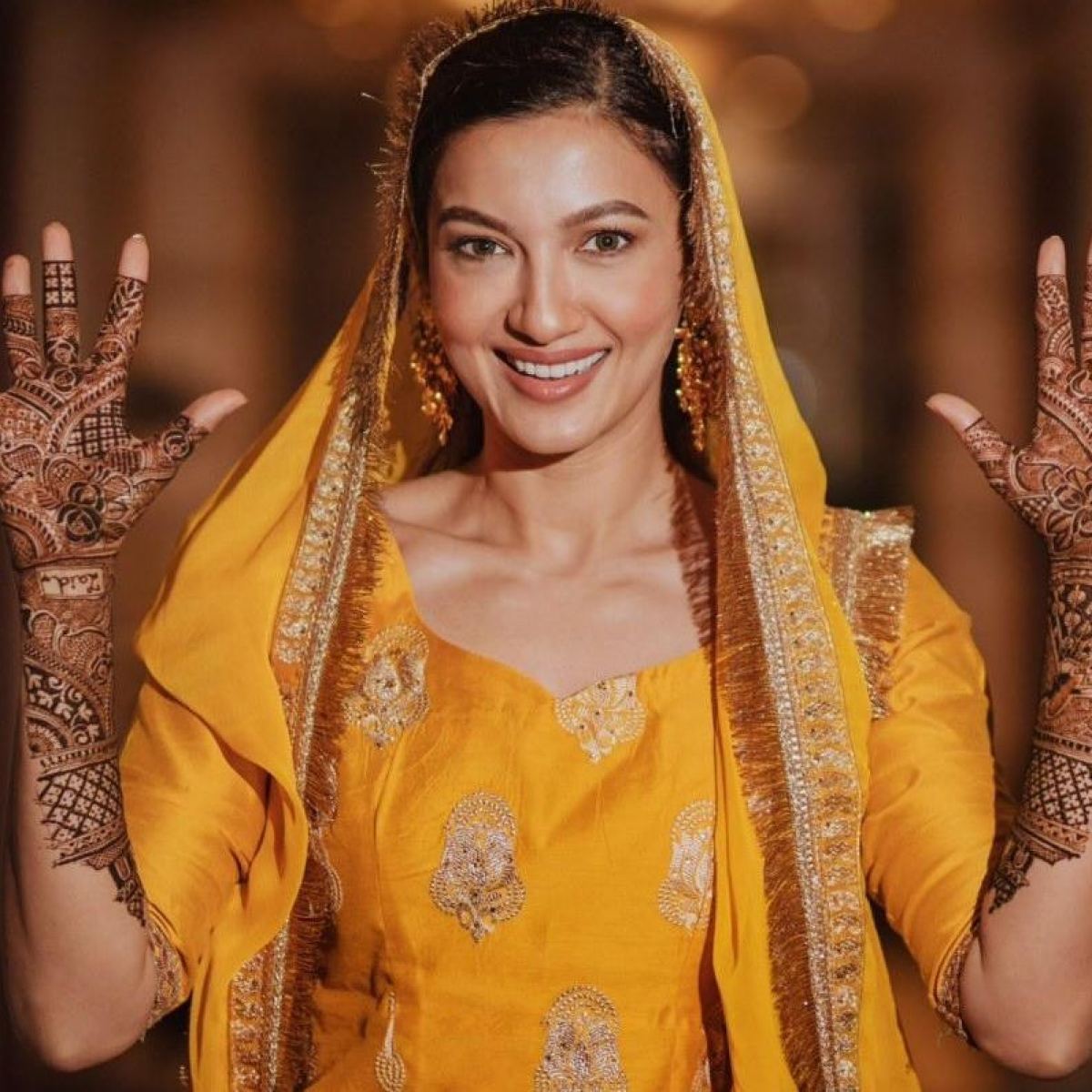Bride-to-be Gauahar Khan shares pictures from her mehndi ceremony
