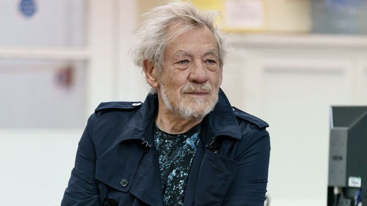 'The Lord of the Rings' actor Sir Ian McKellen, 81, receives COVID-19 vaccine