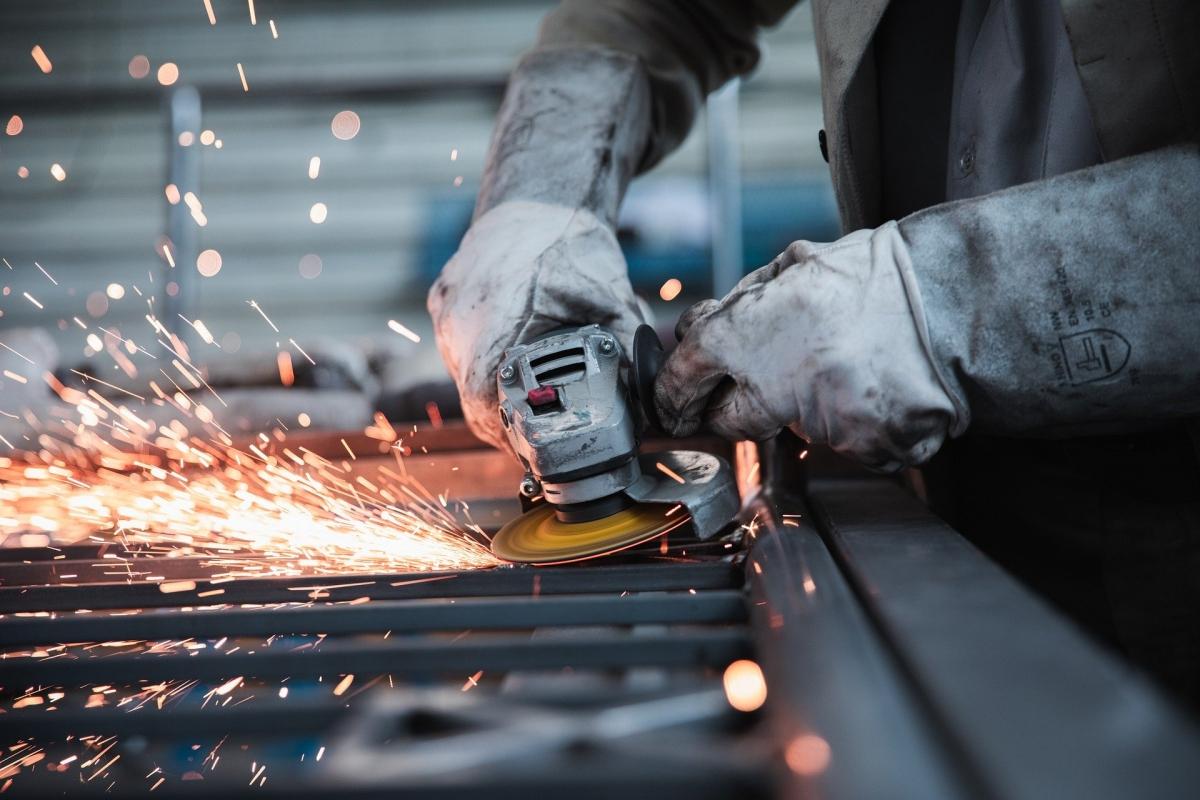 Steelmakers write to PMO defending price hike, demand iron ore export ban