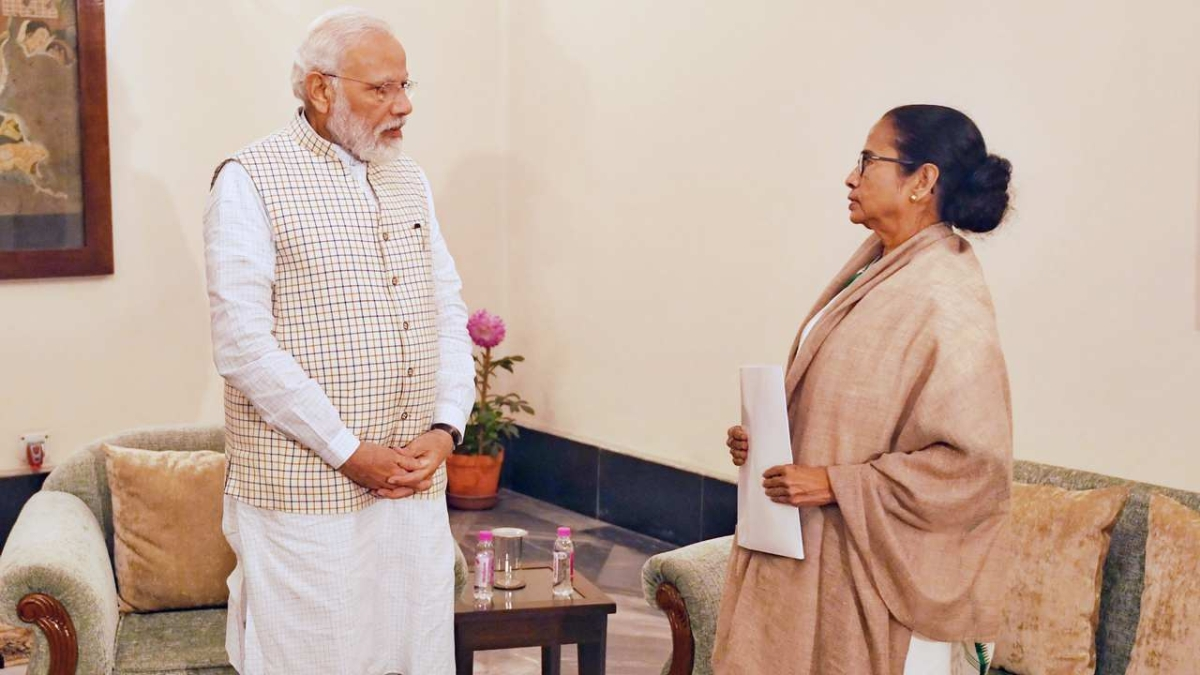'PM Modi trying to mislead people with half-truth': Mamata Banerjee lashes out at Centre over PM-KISAN scheme
