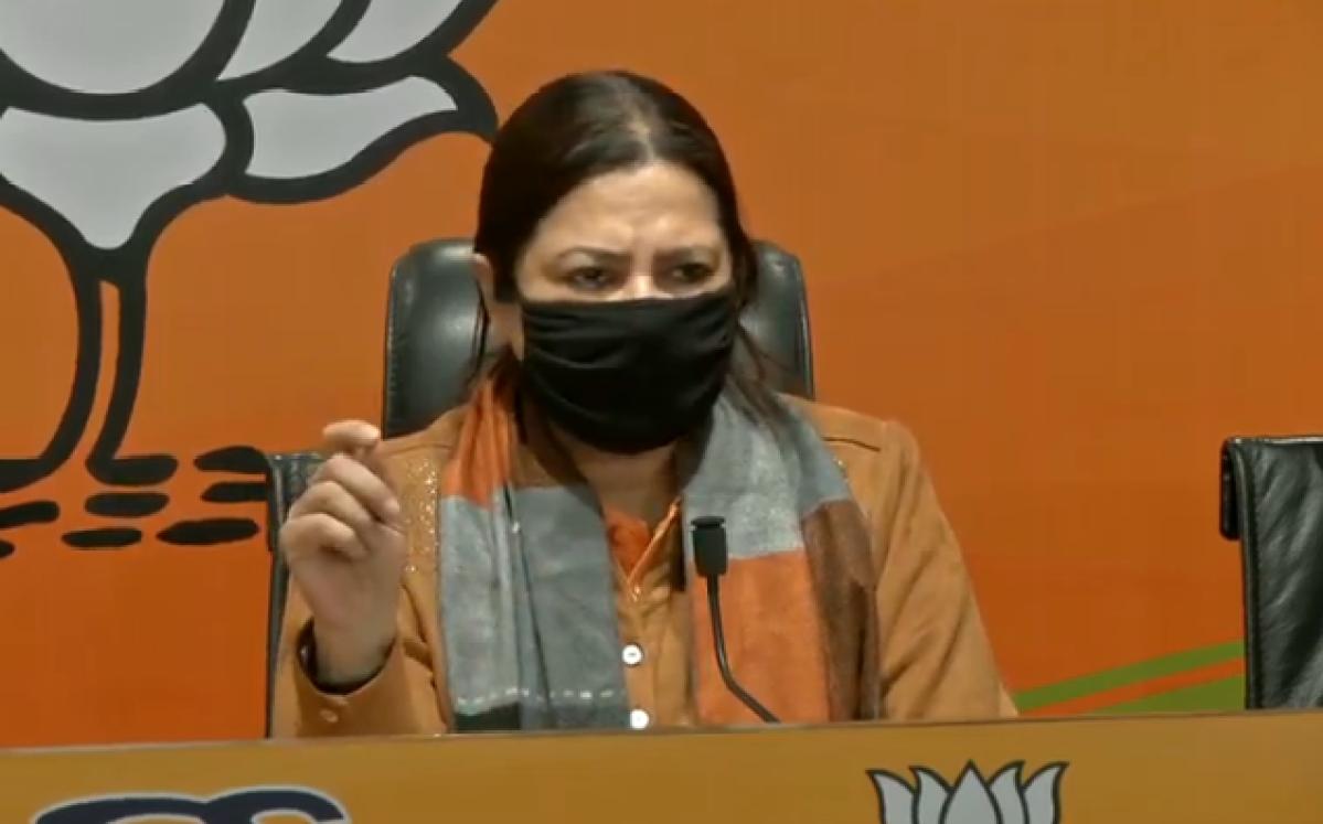 'Arvind Kejriwal puts chameleons to shame': BJP MP Meenakshi Lekhi's jibe after Delhi CM tears farm laws