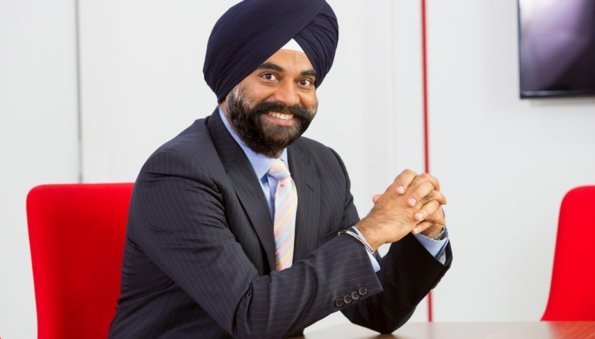 Challenges on tariffs, levies, spectrum price; govt support, policy to drive success story: VIL CEO Ravinder Takkar