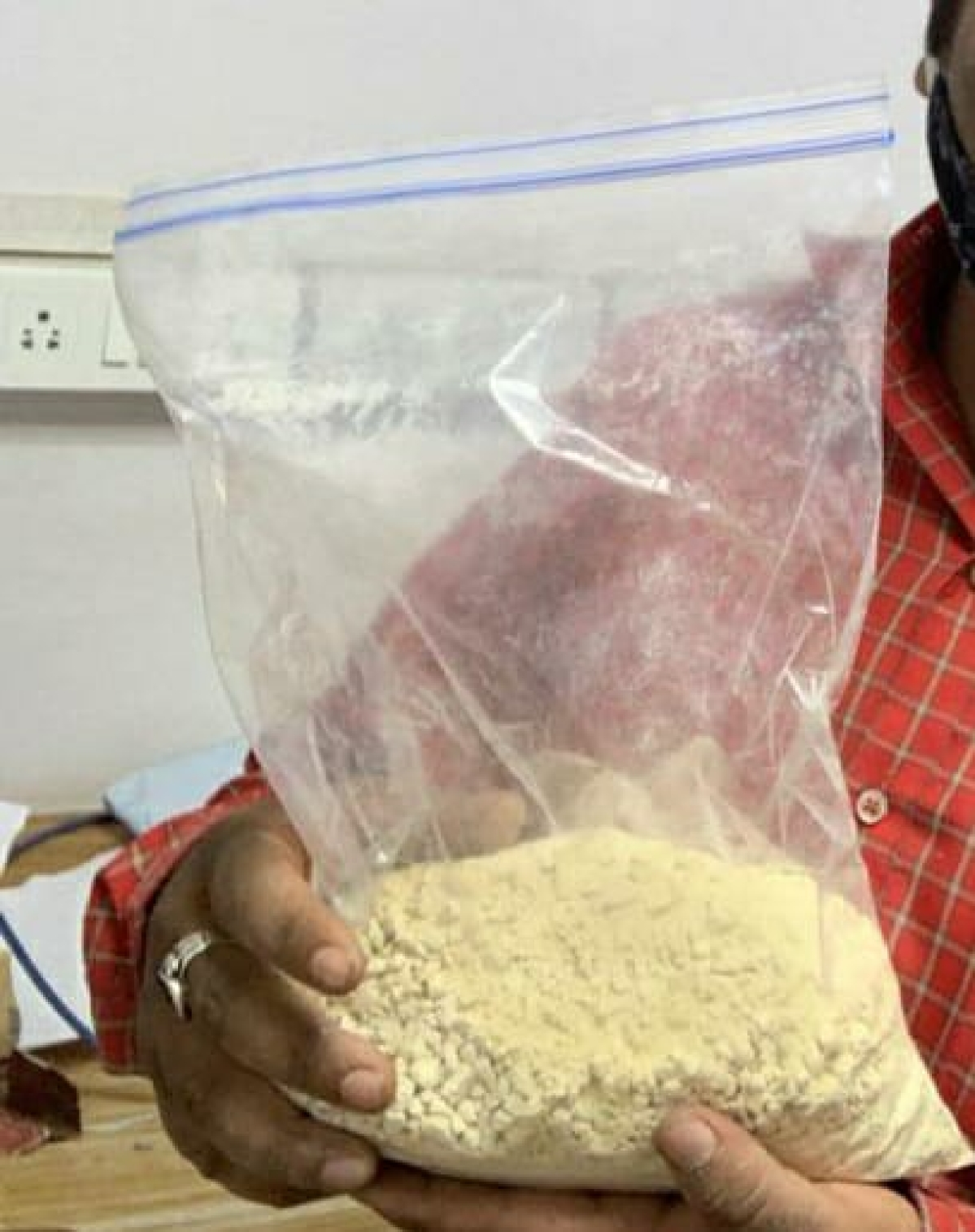 Mumbai: DRI detects heroin worth Rs 1.50 crore in courier parcel