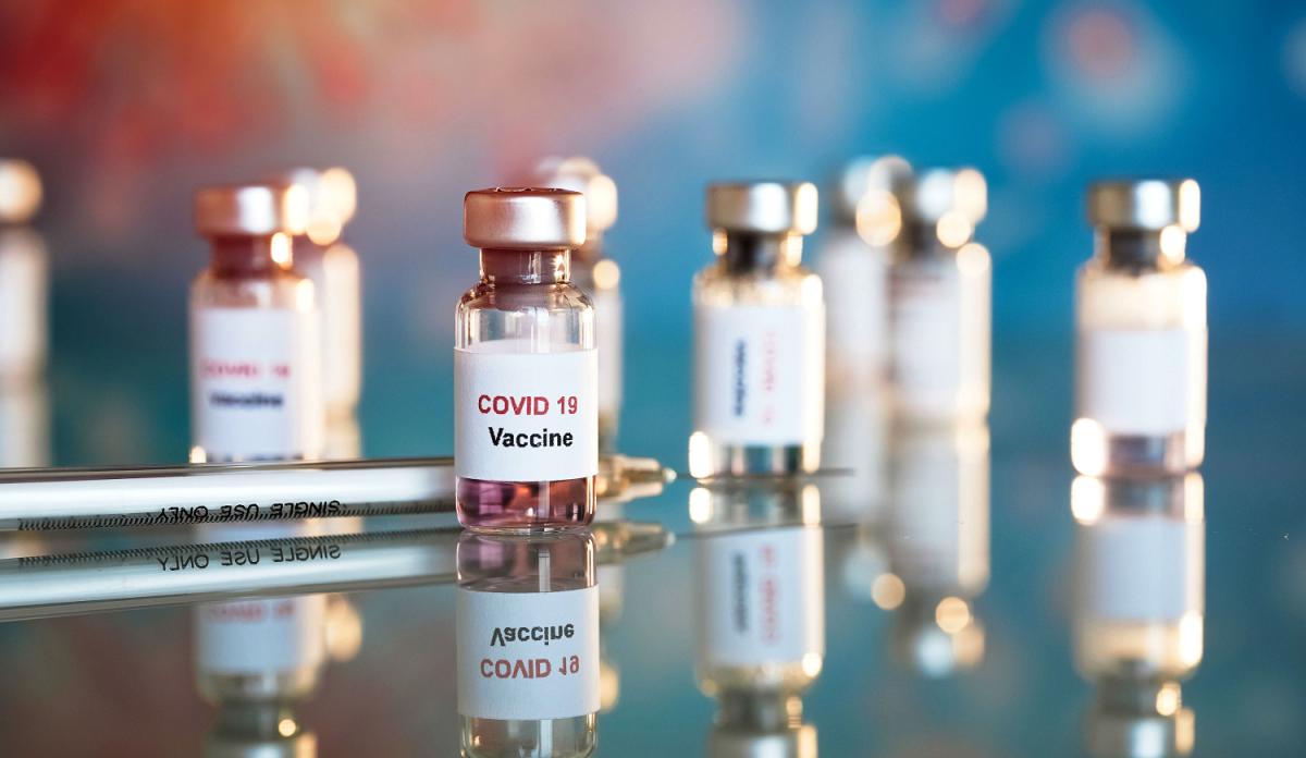 Corona Vaccine Tracker on Dec 8, 2020