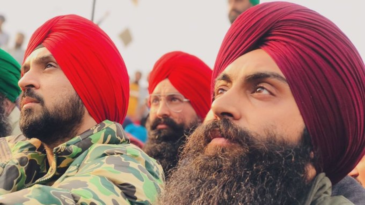 Diljit Dosanjh 'quietly' donates Rs 1 crore to buy warm clothes for farmers protesting against new agri laws