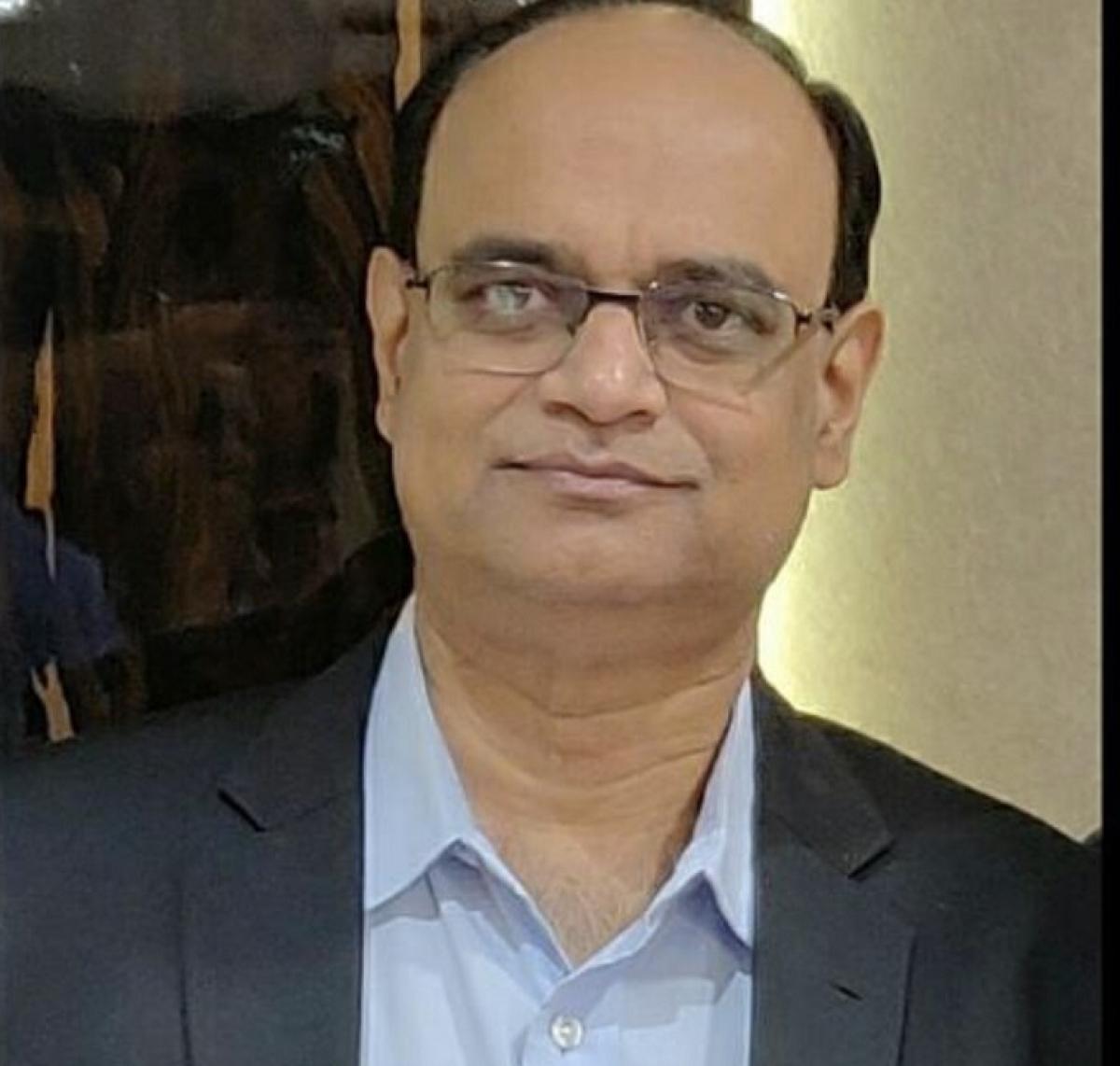 Dr Mohan Joshi