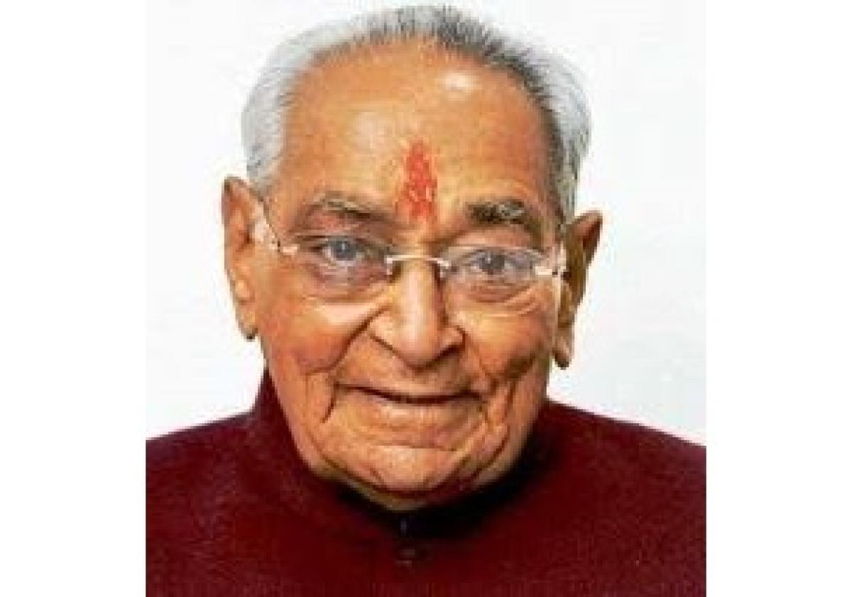 Veteran Congress leader, former MP CM Motilal Vora passes away at 93, PM Modi, Rahul Gandhi pay tribute