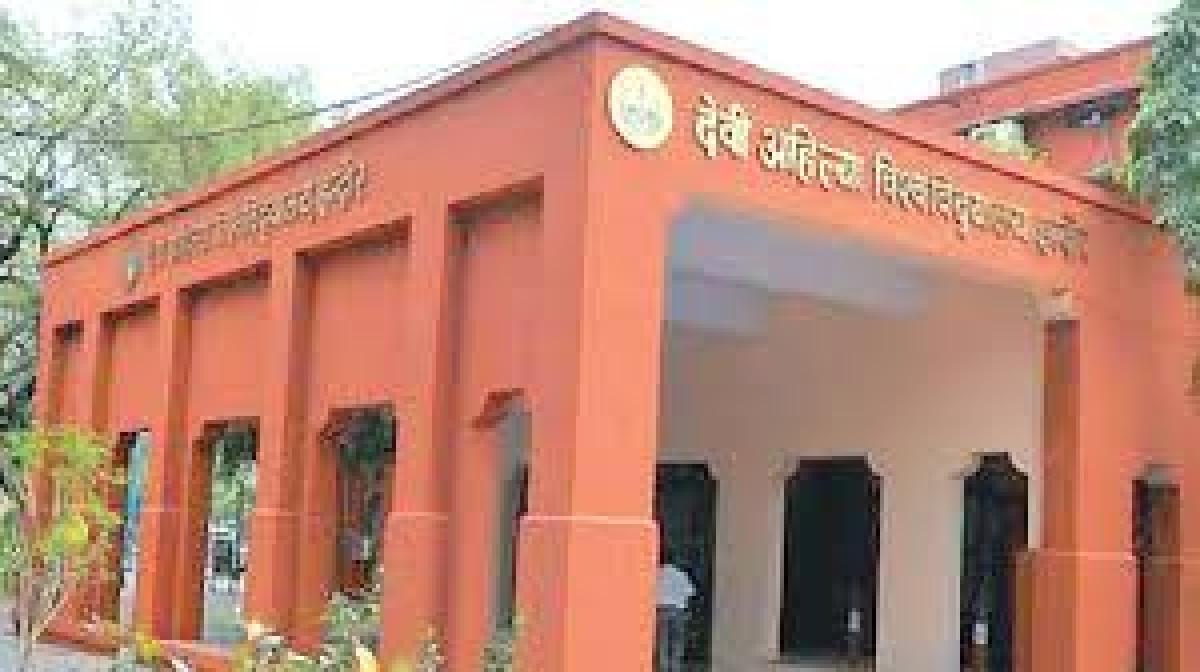 Madhya Pradesh: Despite Covid-19, DAVV wants to hold convocation, seeks Chancellor's permission