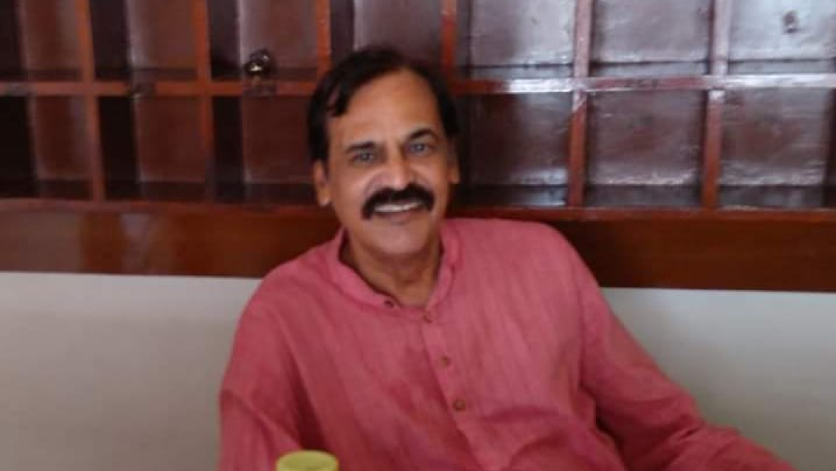 Dr Naresh Purohit