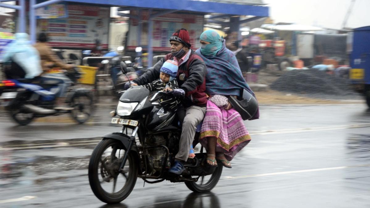 Madhya Pradesh Coronavirus on the move : Be aware! Cold and rain combo may make things worse