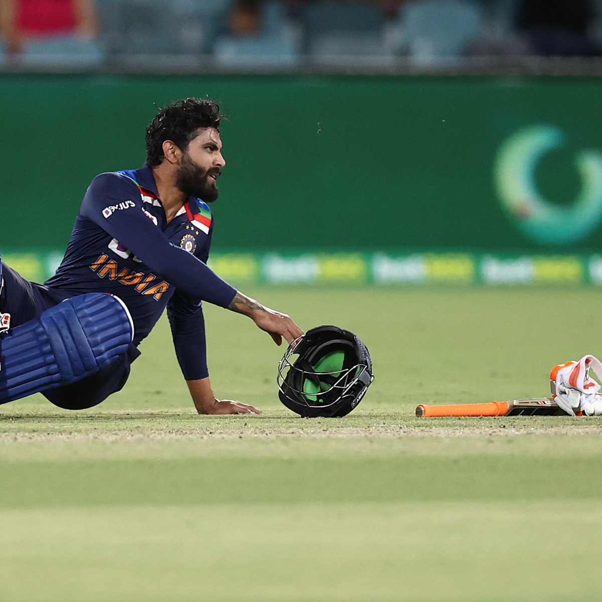 Ind vs Aus 1st T20I: Yuzvendra Chahal brought in as concussion substitute for Ravindra Jadeja; Justin Langer unhappy with decision