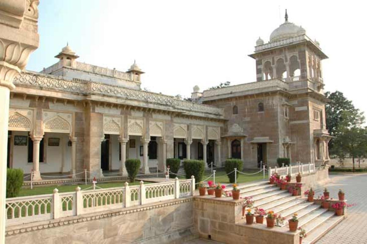 Madhya Pradesh: Dheeraj Lulla, Sandeep Parekh and Monu Bhatia win Daly College BoG elections in Indore