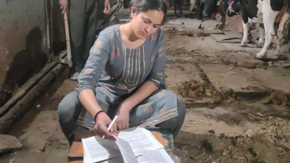 Rajasthan milkman's daughter qualifies to become judge