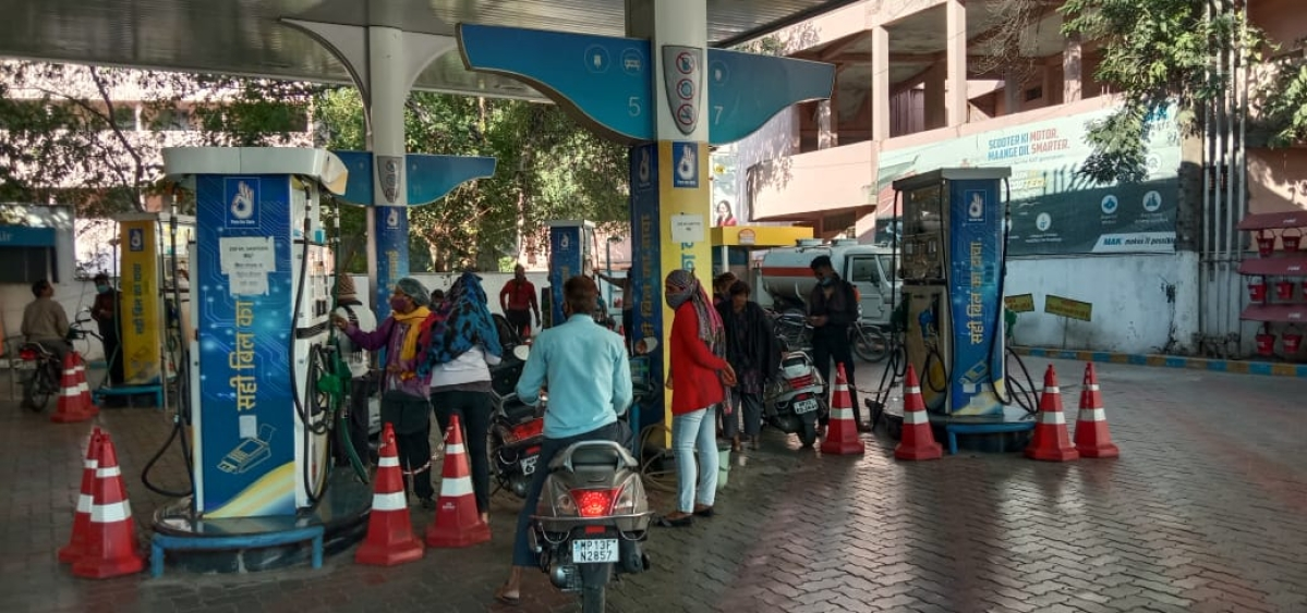 Fuel hike: Petrol price hits new high; reaches Rs 84.20 per litre in Delhi