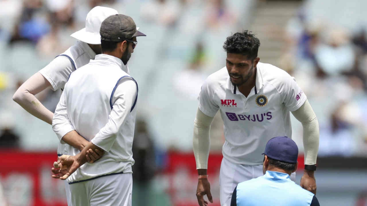 Ind vs Aus, 2nd Test: Umesh Yadav suffers calf muscle injury, taken for scans
