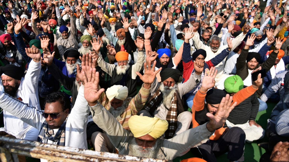 Govt writes to farmer unions inviting them for next round of talks, asks them to choose date