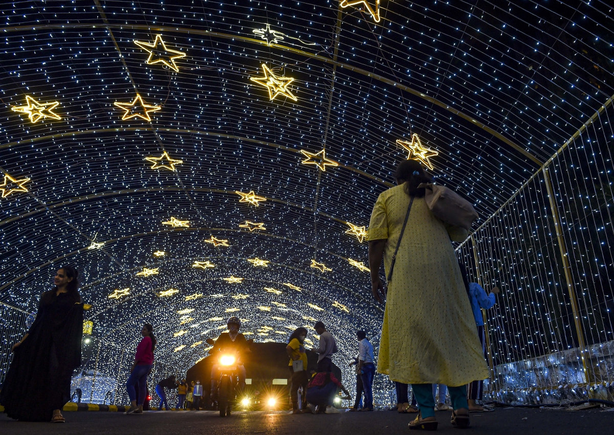 Mumbai: Lightings outside a mall, on the eve of the New Year 2021, in Mumbai, Thursday, Dec. 31, 2020.