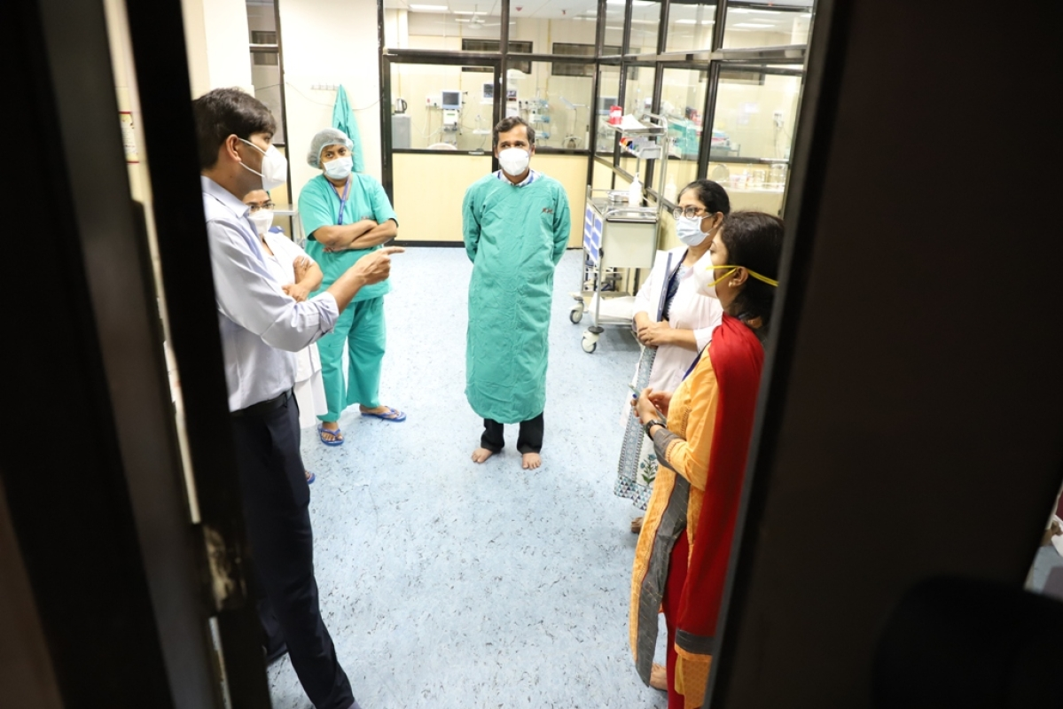 Navi Mumbai: Civic chief pays surprise visit to Nerul hospital, directs to make the facility fully functional by Feb 1