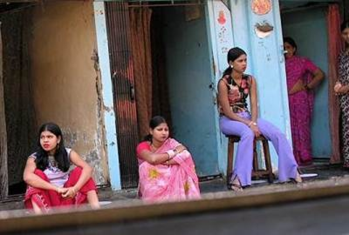 3 including TV actress rescued from prostitution racket