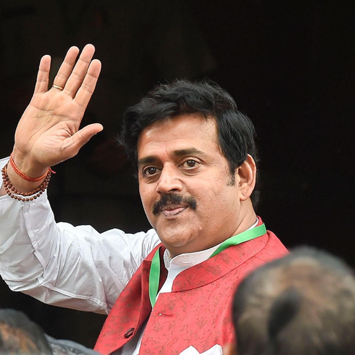 Ravi Kishan seeks ban on vulgar  content in Bhojpuri films and songs