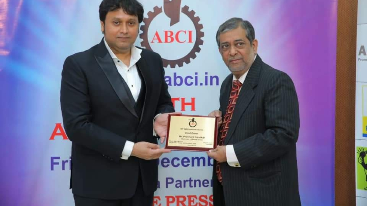 (L) Prashant Karulkar, Chairman of the Arkfin Group, Chief Guest at the 59th Annual ABCIAwards along with Yogesh Joshi, President, ABCI