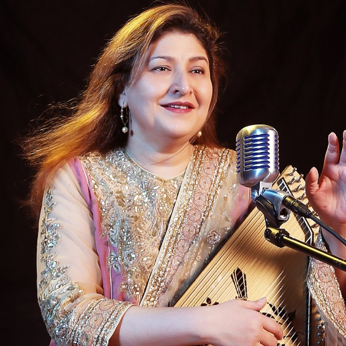 Singer Chandana Dixit gives her take on the new version of 'Husn Hai Suhana' song from 'Coolie No 1'