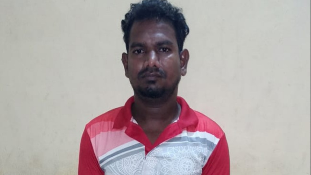Serial molester hugs woman in market, ends up in the arms of Dindoshi police