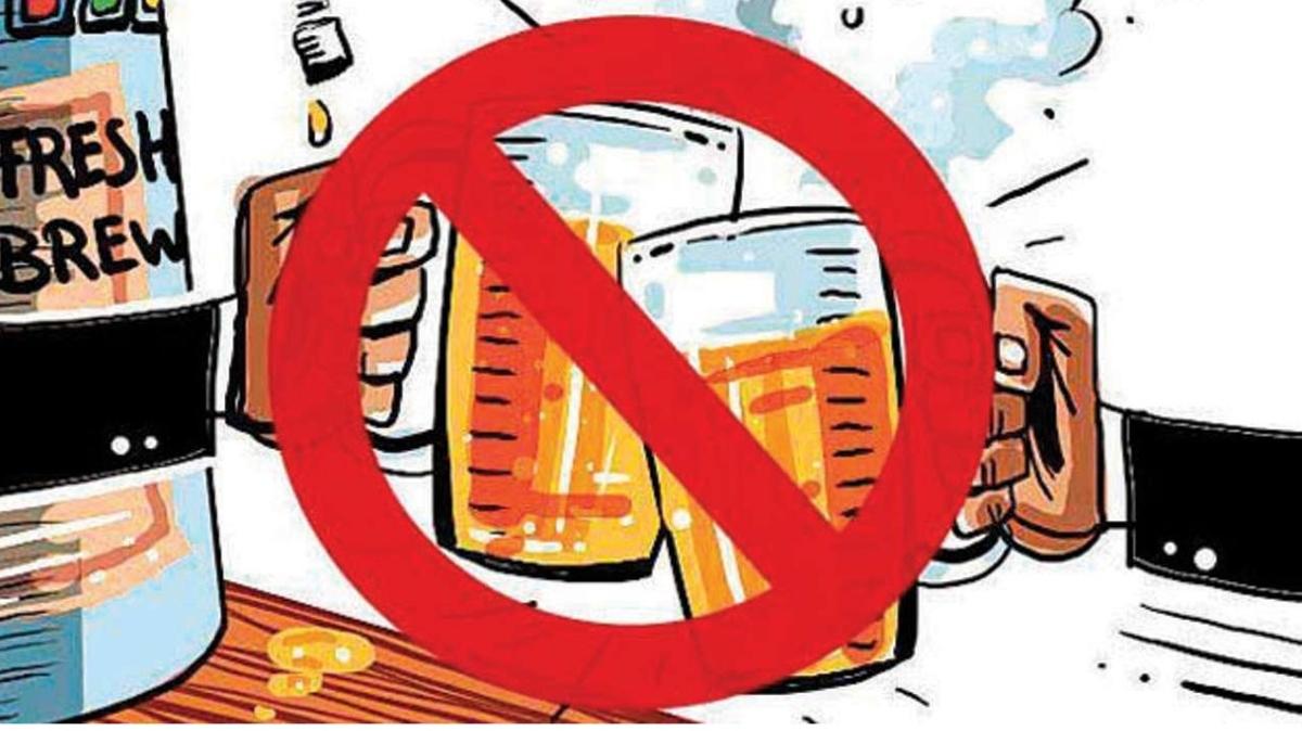 Bihar Congress divided on liquor prohibition issue
