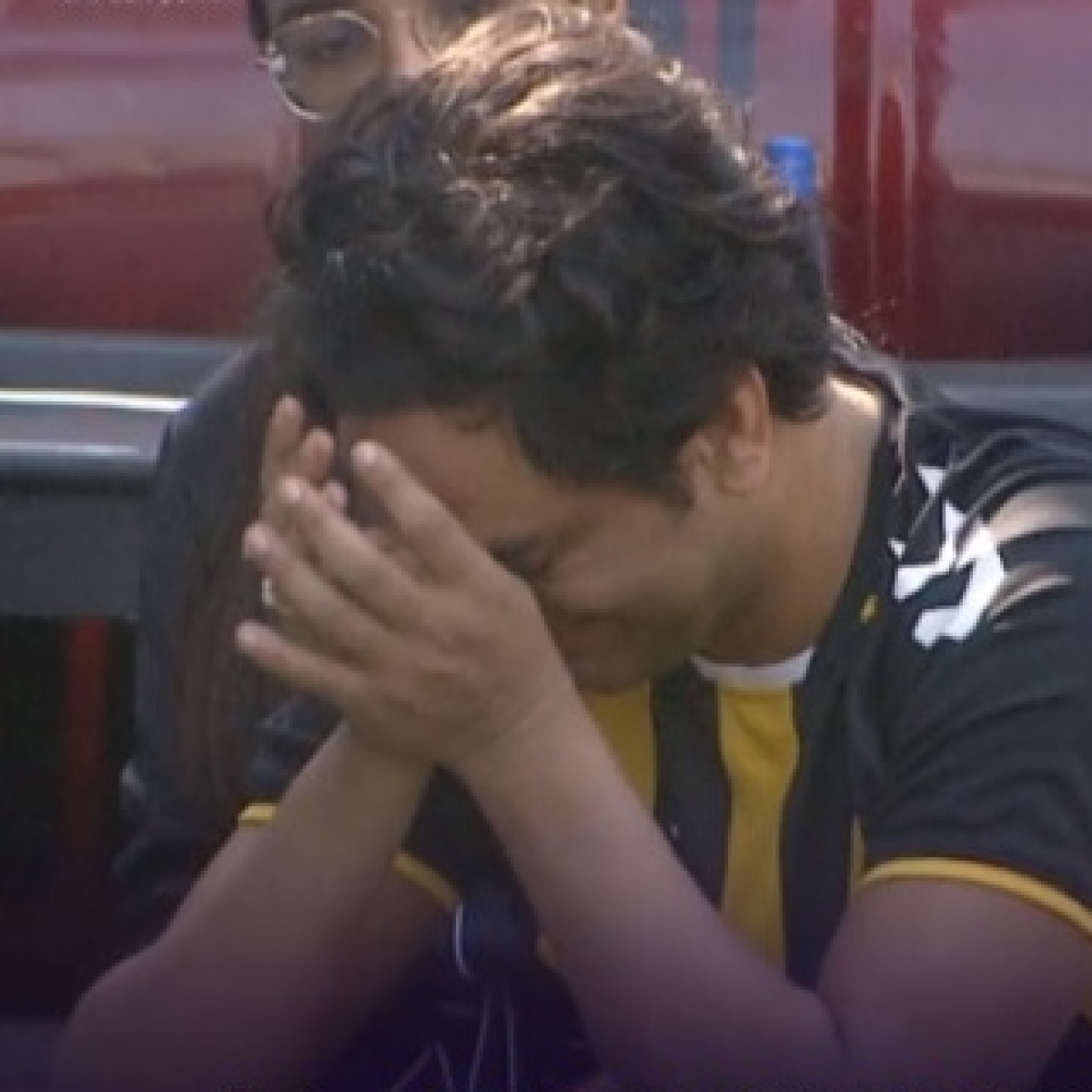 Watch: Vikas Gupta breaks down as he reveals he was in relationship with a former 'Bigg Boss' contestant