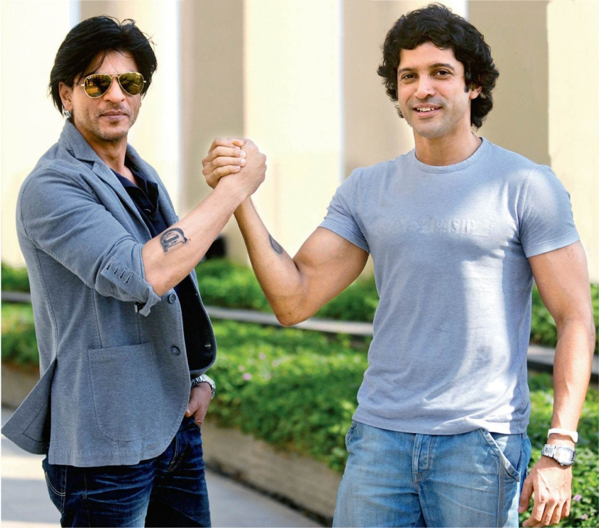 As Farhan Akhtar celebrates 9 years of 'Don 2', Shah Rukh Khan fans demand 'Don 3'